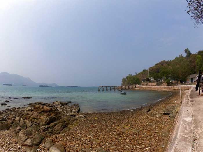 カーム島 海